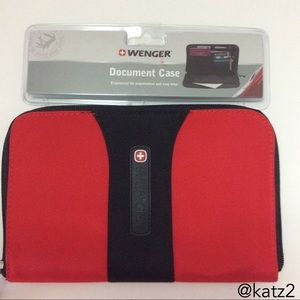 Wenger by Swiss Army Zippered Document Case